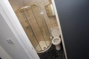 ensuite bathroom in studio flat Wolverhampton