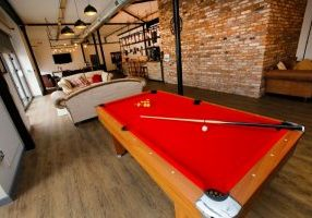 Lounge and Bar Snooker Table